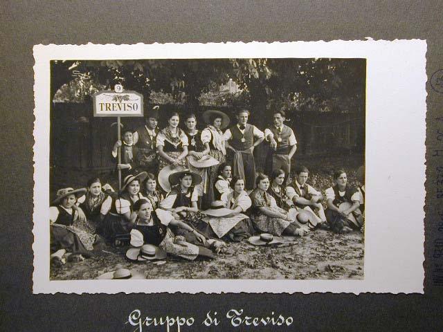 Meran in den dreissiger Jahren - Traubenfest Merano anni 30 - Festa Uva _12_.jpg