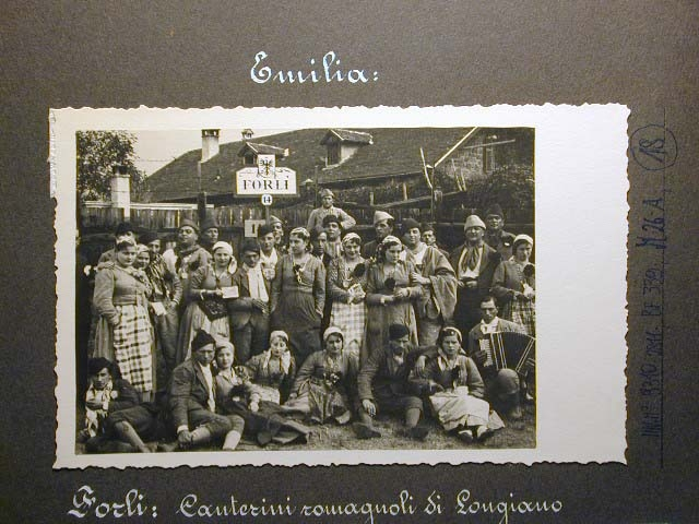 Meran in den dreissiger Jahren - Traubenfest Merano anni 30 - Festa Uva _17_.jpg