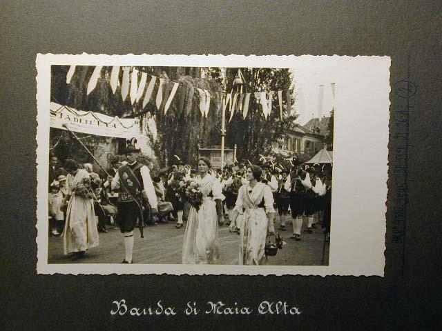 Meran in den dreissiger Jahren - Traubenfest Merano anni 30 - Festa Uva _1_.jpg