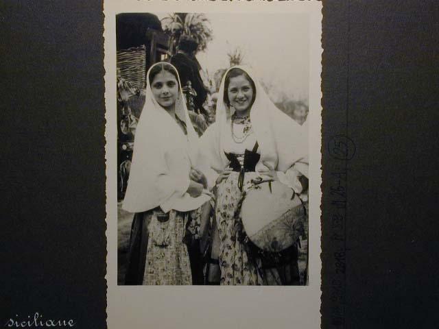Meran in den dreissiger Jahren - Traubenfest Merano anni 30 - Festa Uva _24_.jpg