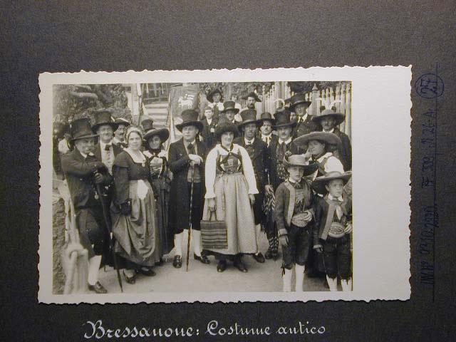 Meran in den dreissiger Jahren - Traubenfest Merano anni 30 - Festa Uva _26_.jpg