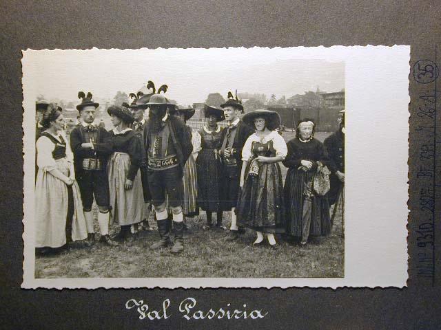 Meran in den dreissiger Jahren - Traubenfest Merano anni 30 - Festa Uva _33_.jpg