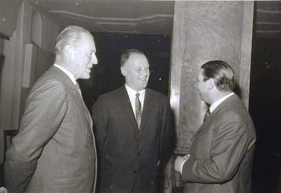 1970 Apoteker Kongress - Farmacisti a convegno _1_.jpg