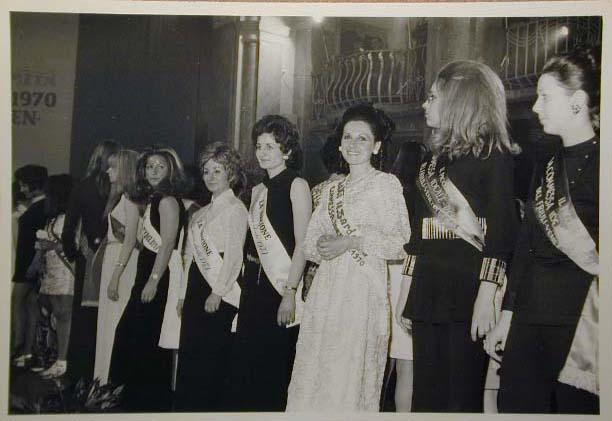 Merano 1970 -Nationaler Verkauferinnen Wettbewerb - La Commessa ideale d_ Italia -Modeschau-Sfilata e Premiazione _10_.jpg