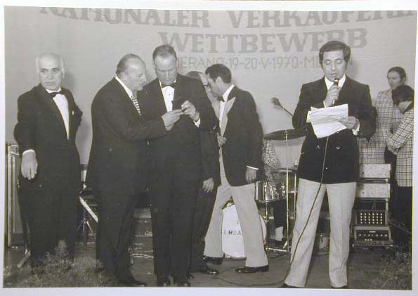 Merano 1970 -Nationaler Verkauferinnen Wettbewerb - La Commessa ideale d_ Italia -Modeschau-Sfilata e Premiazione _15_.jpg