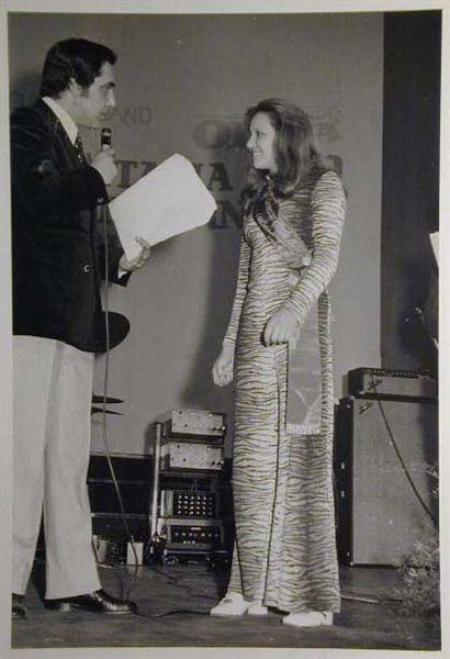 Merano 1970 -Nationaler Verkauferinnen Wettbewerb - La Commessa ideale d_ Italia -Modeschau-Sfilata e Premiazione _20_.jpg
