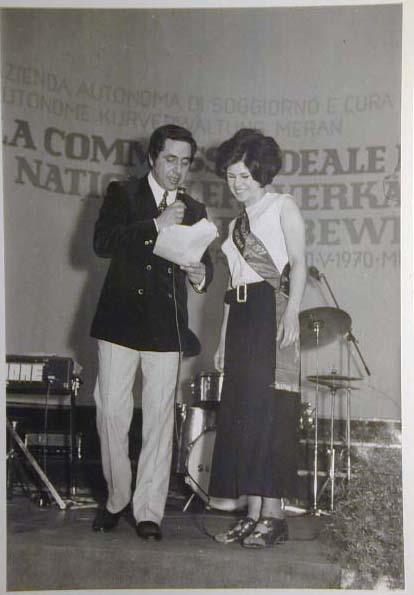 Merano 1970 -Nationaler Verkauferinnen Wettbewerb - La Commessa ideale d_ Italia -Modeschau-Sfilata e Premiazione _21_.jpg