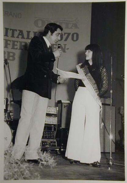 Merano 1970 -Nationaler Verkauferinnen Wettbewerb - La Commessa ideale d_ Italia -Modeschau-Sfilata e Premiazione _22_.jpg