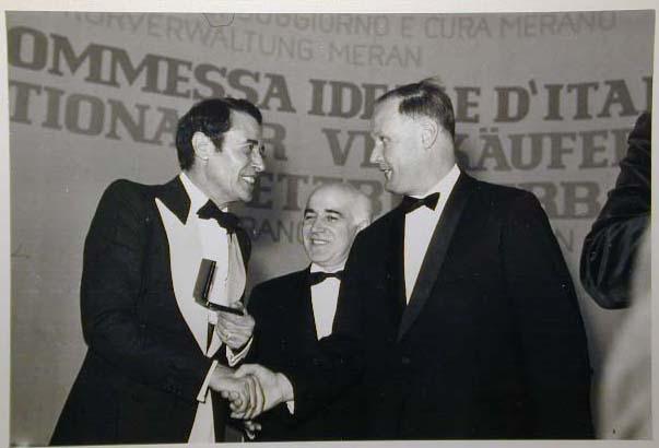Merano 1970 -Nationaler Verkauferinnen Wettbewerb - La Commessa ideale d_ Italia -Modeschau-Sfilata e Premiazione _39_.jpg