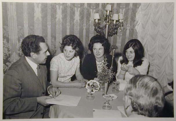 Merano 1970 -Nationaler Verkauferinnen Wettbewerb - La Commessa ideale d_ Italia -Modeschau-Sfilata e Premiazione _43_.jpg