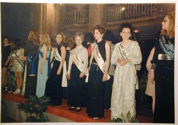 Merano 1970 -Nationaler Verkauferinnen Wettbewerb - La Commessa ideale d_ Italia -Modeschau-Sfilata e Premiazione _51_.jpg