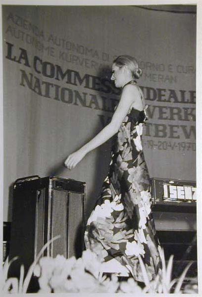 Merano 1970 -Nationaler Verkauferinnen Wettbewerb - La Commessa ideale d_ Italia -Modeschau-Sfilata e Premiazione _5_.jpg