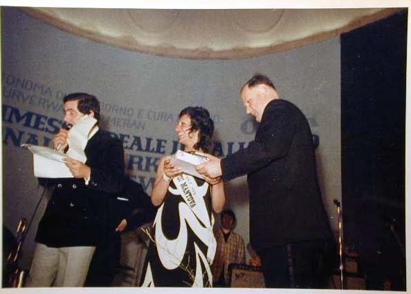 Merano 1970 -Nationaler Verkauferinnen Wettbewerb - La Commessa ideale d_ Italia -Modeschau-Sfilata e Premiazione _67_.jpg