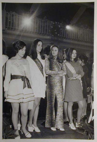 Merano 1970 -Nationaler Verkauferinnen Wettbewerb - La Commessa ideale d_ Italia -Modeschau-Sfilata e Premiazione _6_.jpg
