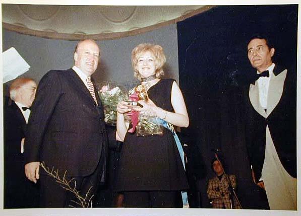 Merano 1970 -Nationaler Verkauferinnen Wettbewerb - La Commessa ideale d_ Italia -Modeschau-Sfilata e Premiazione _73_.jpg