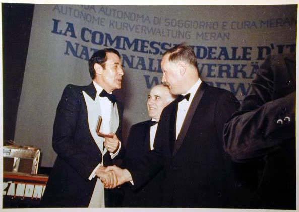 Merano 1970 -Nationaler Verkauferinnen Wettbewerb - La Commessa ideale d_ Italia -Modeschau-Sfilata e Premiazione _75_.jpg