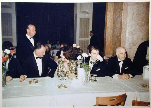 Merano 1970 -Nationaler Verkauferinnen Wettbewerb - La Commessa ideale d_ Italia -Modeschau-Sfilata e Premiazione _76_.jpg