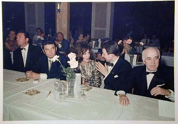 Merano 1970 -Nationaler Verkauferinnen Wettbewerb - La Commessa ideale d_ Italia -Modeschau-Sfilata e Premiazione _80_.jpg