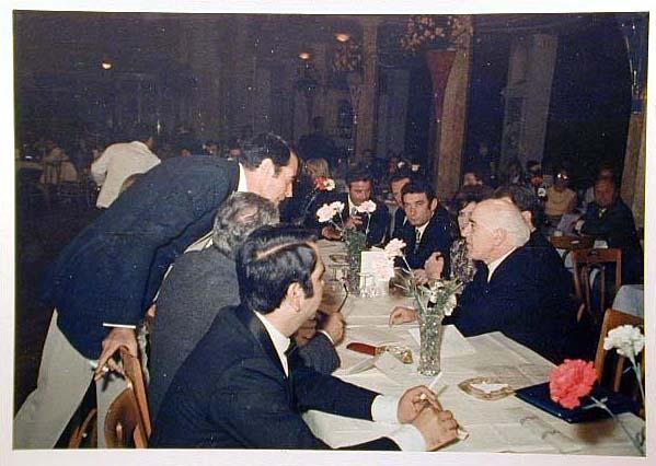 Merano 1970 -Nationaler Verkauferinnen Wettbewerb - La Commessa ideale d_ Italia -Modeschau-Sfilata e Premiazione _82_.jpg