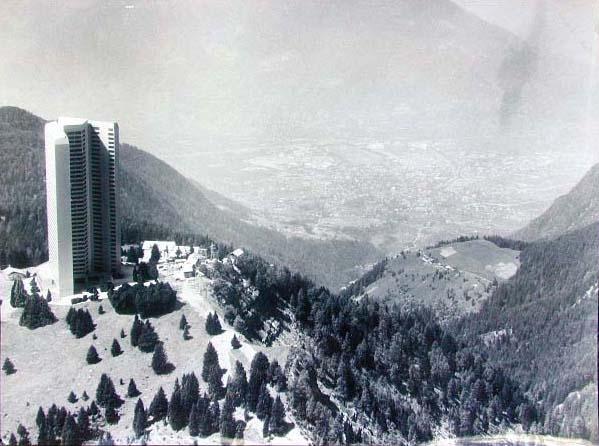 Appartamenthotel Meran 2000 - Hotel a Merano 2000 - Projektvortsellung - Presentazione Progetto_ 1970 _2_.jpg