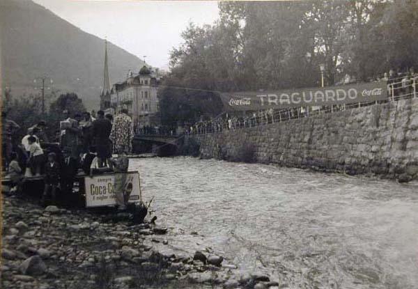 Kanuten in der Passer - Canoe nel Passirio _9_.jpg