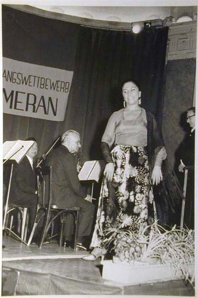 Concorso Internazionale Cantanti Lirici 1970 e 1972 - Internationaler Gesangwettbewerb Debuet in Meran 1970 und 1972 _10_.jpg