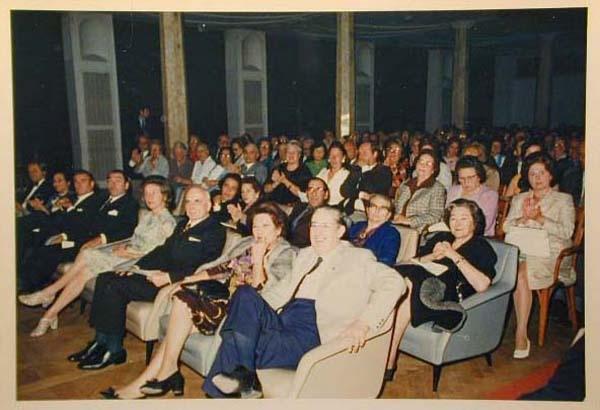Concorso Internazionale Cantanti Lirici 1970 e 1972 - Internationaler Gesangwettbewerb Debuet in Meran 1970 und 1972 _12_.jpg