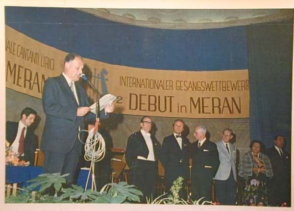 Concorso Internazionale Cantanti Lirici 1970 e 1972 - Internationaler Gesangwettbewerb Debuet in Meran 1970 und 1972 _17_.jpg