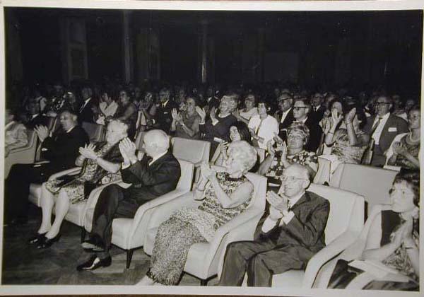 Concorso Internazionale Cantanti Lirici 1970 e 1972 - Internationaler Gesangwettbewerb Debuet in Meran 1970 und 1972 _2_.jpg