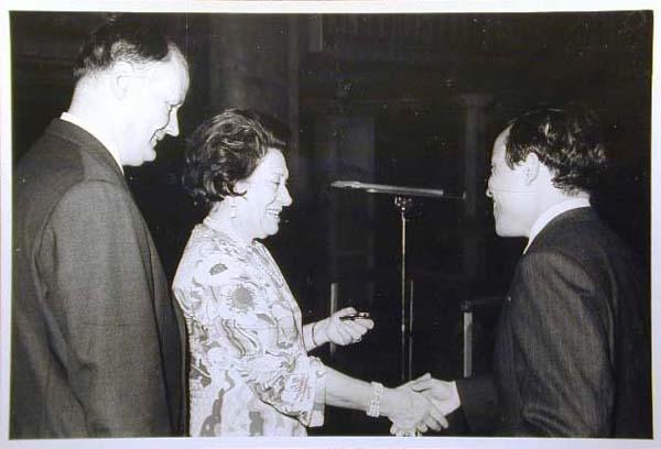 Concorso Internazionale Cantanti Lirici 1970 e 1972 - Internationaler Gesangwettbewerb Debuet in Meran 1970 und 1972 _4_.jpg