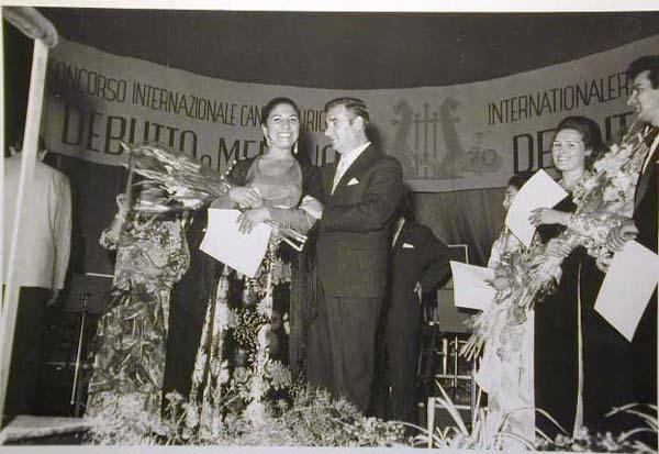 Concorso Internazionale Cantanti Lirici 1970 e 1972 - Internationaler Gesangwettbewerb Debuet in Meran 1970 und 1972 _8_.jpg