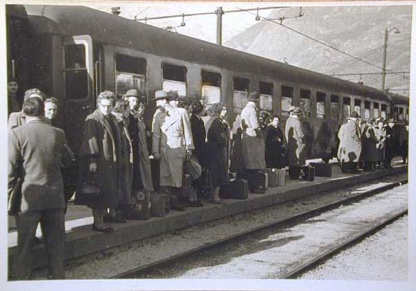 Bahnhof Meran - Stazione di Merano _2_.jpg