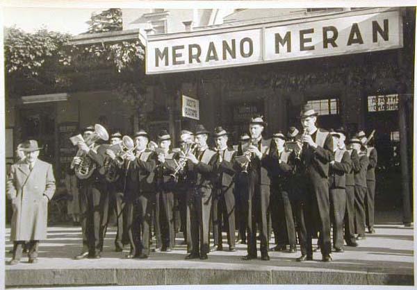 Bahnhof Meran - Stazione di Merano _6_.jpg