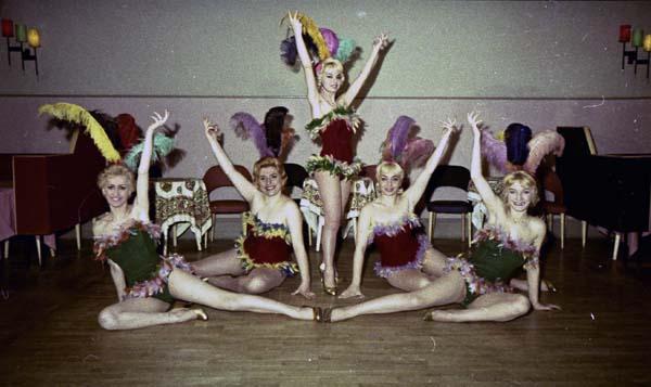 Copia di Perla Taenzerinnen - Ballerine015.jpg