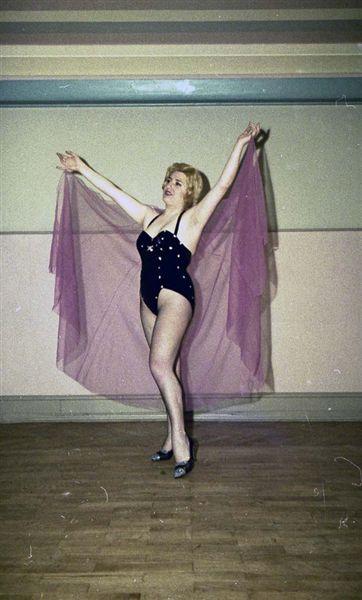 Perla Taenzerinnen - Ballerine006.jpg