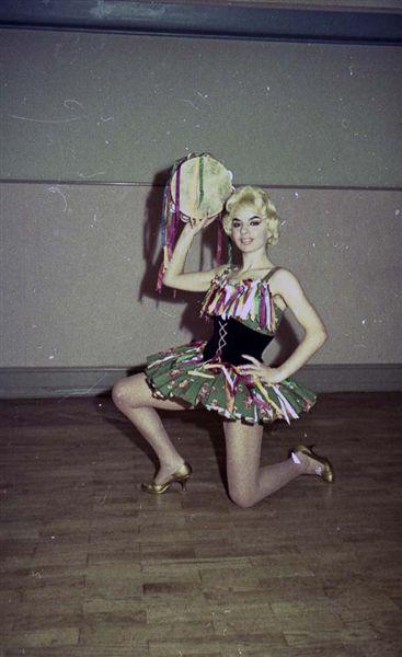 Perla Taenzerinnen - Ballerine024.jpg