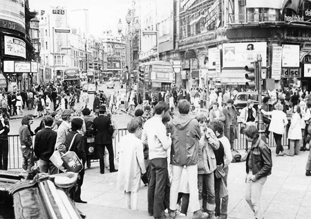Viaggio a LONDRA -in autostop - 1970 - Archivio Gigi Bortoli _10_.jpg