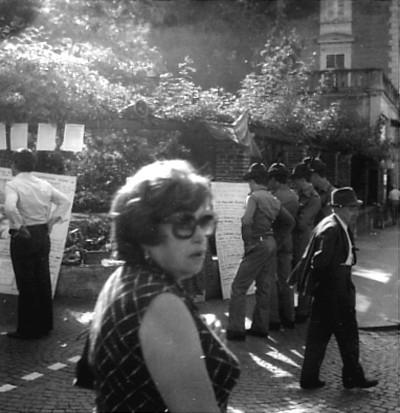2Muretto Manifestazione abitazioni nocive 1977.jpg