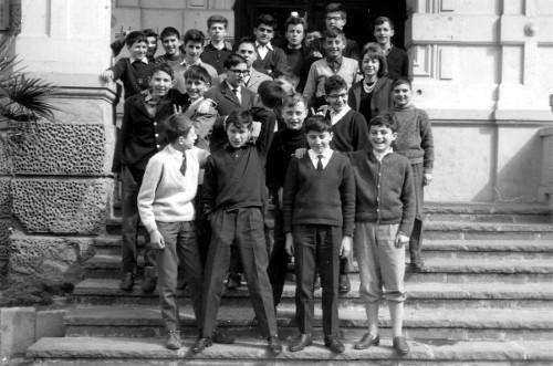Scuola media Segantini 1963-64.jpg