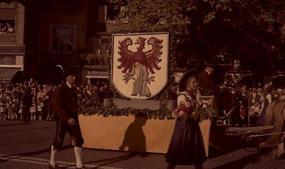 Traubenfest anni 70  Meran-o _16_.jpg