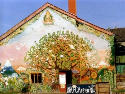02Christiania_ Quartiere Hippie  di Copenhagen 1977.jpg